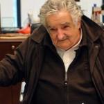 Mujica dijo que la Constitución no dice que no se puede opinar de política