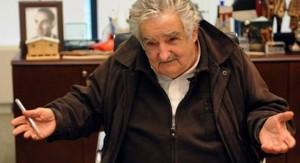 Mujica dijo sentirse satisfecho por haber mejorado la situación de la mayoría de la población