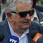 """Mujica dijo que la oposición """"rompe las pelotas por cuatro votos miserables"""", en referencia a la negativa de que vengan presos de Guantánamo"""