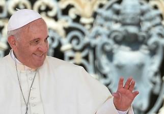 """Papa Francisco se pronuncia sobre tema que Uruguay plebiscita: """"Los Estados deben abstenerse de castigar penalmente a los niños"""""""