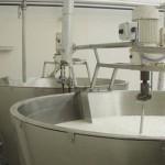 Producción láctea superará récord histórico de 2.400 millones de litros