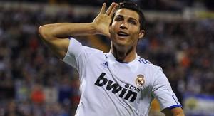 Real Madrid, con un espectacular Ronaldo, recibe al Barça, con Suárez, en el Clásico español