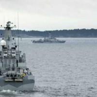 Suecia busca en sus aguas un submarino espía ruso que pidió auxilio: Moscú lo niega