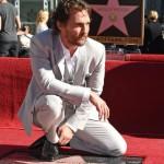 El actor Matthew McConaughey logra su estrella en el Paseo de la Fama en Hollywood