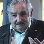 """Mujica advierte que la concentración excesiva de riqueza es un """"fermento antidemocrático"""""""