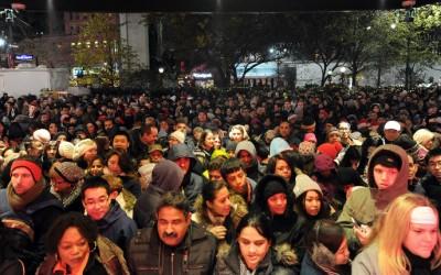 Manifestaciones antirracistas en las grandes tiendas durante Black Friday conmueven magna fecha del consumismo