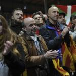 """Dos millones de catalanes votan consulta """"inconstitucional"""" para independizar Cataluña de España: 80% a favor"""