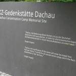 """Roban portón original del campo de concentración de Dachau: """"El trabajo os hará libres"""""""