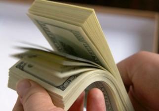 """Fallo judicial le da mil millones de dólares para divorciarse, pero lo apela por ser """"poco"""""""