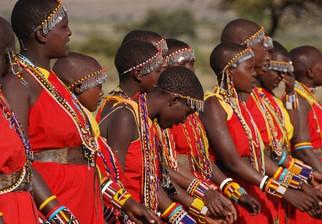 Familias reales árabes quieren cazar fauna exótica y expulsan a los masais de sus tierras