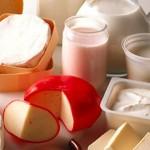 La leche vuelve al tapete: estudio sueco refuta que fortalezca los huesos en adultos