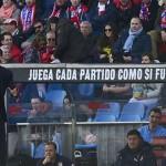 Atlético Madrid venció al Deportivo en un partido marcado por la muerte de un hincha