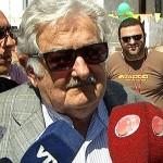 Mujica y Valenti hablaron del porvenir del gobierno y del país