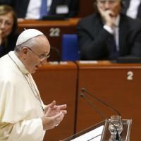 """Papa Francisco no tolerará """"que el mar Mediterráneo se convierta en un gran cementerio de inmigrantes"""""""
