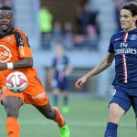 París SG remonta ante Lorient con gol de Cavani y presiona a Marsella