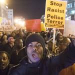 Con militares reprimen protestas en Ferguson y la protesta antirracista se expande a todos los Estados Unidos
