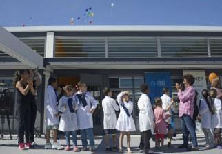 """Cuando """"la unión hace la fuerza"""": Las aulas de la escuela de Flor de Maroñas que fueron incendiadas en junio, han sido remodeladas"""