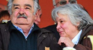 Mujica dijo que si Lucía Topolansky es candidata a la Intendencia de Montevideo lo más probable es que gane