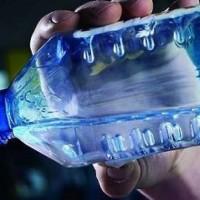 Según estudios realizados en Corea del Sur beber agua en botellas de plástico es nocivo