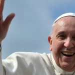 """Intensa polémica por afirmar el Papa Francisco que los animales """"van al cielo"""""""