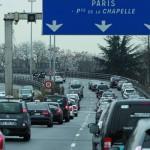 Taxistas anuncian bloqueos a accesos de Paris