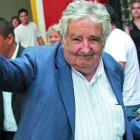Mujica en última cumbre del Mercosur como mandatario en funciones