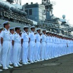 Una ley permitiría a Japón aumentar despliegue de autodefensa