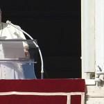 Francisco viajará a tres países latinoamericanos el año entrante pero no a la Argentina