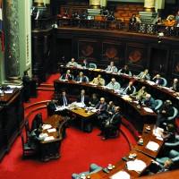 Senado discute a esta hora Ley de Medios