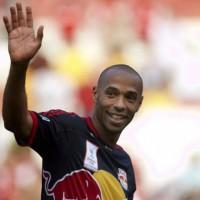 Thierry Henry deja el fútbol para convertirse en asesor de un canal de TV
