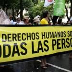 Amnistía Internacional realizará seguimiento de presos de Guantánamo que llegaron este domingo