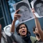 Familiares de estudiantes desaparecidos de la escuela agraria de Ayotzinapa piden ayuda al Papa