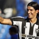 Sebastián Abreu maneja la posibilidad de regresar al Botafogo de Brasil