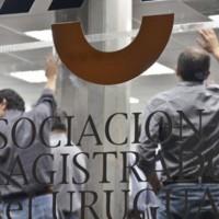 Judiciales realizan paro hasta el miércoles en rechazo a la propuesta de un 8% de aumento salarial