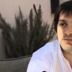 LaRed21,  entrevista al violinista y director de orquesta uruguayo Diego Naser, por Georgina Mayo