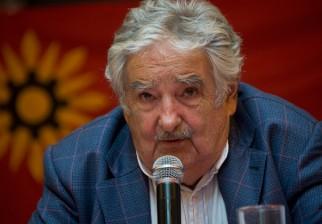 Mujica comparó el fin del bloqueo de EEUU a Cuba con la caída del muro de Berlín