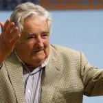 """Mujica: Dejo un país """"un poco mejor"""" con """"menos pobres e indigentes y hacia el porvenir una sociedad mejor"""""""