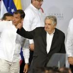 Mujica pide a presidentes iberoamericanos gobernar a favor de las mayorías para recuperar la confianza en la política