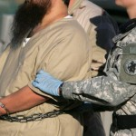 Llegaron los seis prisioneros de Guantánamo. EE.UU agradece a Uruguay su voluntad de cerrar el centro de detención