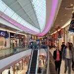 Nuevocentro Shopping cumplió el primer aniversario de vida y regaló 10 automóviles