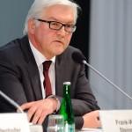 Alemania advierte a la izquierda que llegó al poder en Grecia que debe seguir reformas para recibir fondos