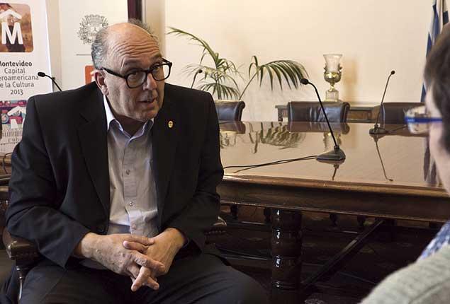 Intendencia de Canelones logra superávit al consolidar equilibrio: FA presenta candidatos a la comuna canaria