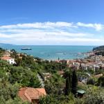 Italia fracasa en controlar migrantes que cruzan el Mediterráneo y amenaza abrir fronteras