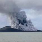 Archipiélago de Tonga suma una isla al país, generada en una erupción volcánica en curso