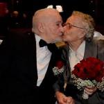 Se reencontraron por Facebook  después de 70 años y se casaron