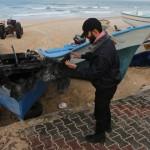 Marina de guerra de Israel disparó contra barcos civiles de Gaza e hirió a un pescador
