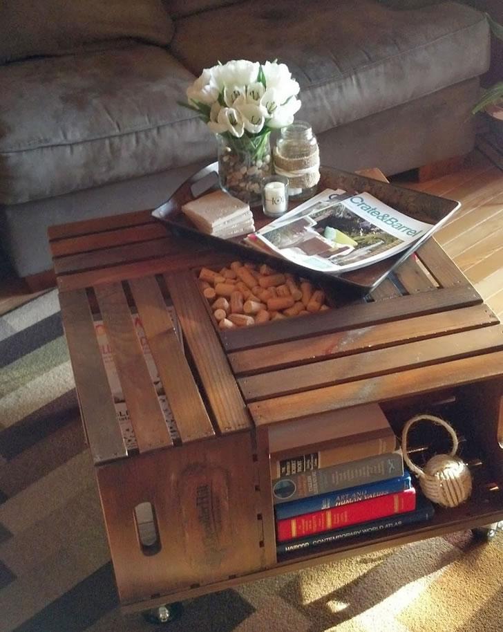 Mesa de café reciclada con cajones de fruta