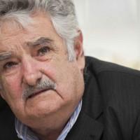 Ante representantes de la comunidad armenia Mujica llamó a la tolerancia