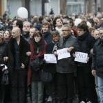 """Cuatro millones de franceses marchan """"contra la barbarie"""" en homenaje a las víctimas de Charlie Hebdo"""