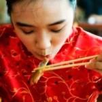 Un restaurante en China ofrece comida gratis a las mujeres más lindas